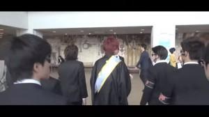 はじめしゃちょー、髪を真っ赤にし卒業式へ!大学も特定!!11